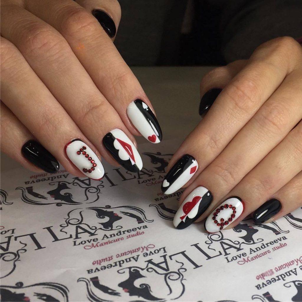 Готический дизайн ногтей: техника создания стилета и готика на натуральных ногтях
