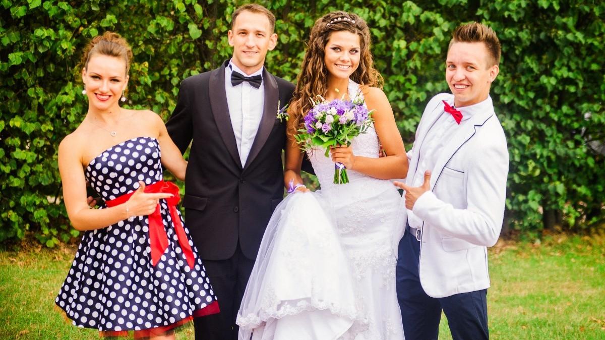 Нужны ли свидетели на свадьбе{q} Почему должны быть холостыми и как их выбрать{q} Приметы и обычаи