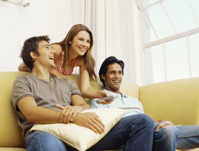Муж позвал троих друзей для жены смотреть онлайн, порно жена муж сперма