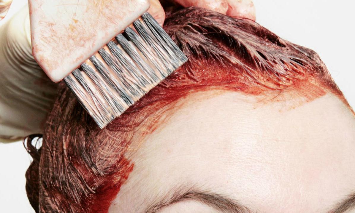 Чем отмывается краска для волос с кожи