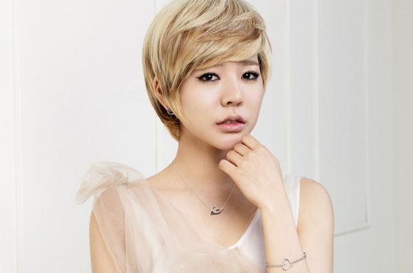 korejskie-strizhki-osobennosti-vidy-sovety-po-podboru-i-ukladke Корейские стрижки (68 фото): особенности стиля оформления волос для девушек, популярные прически кореянок на короткие женские волосы