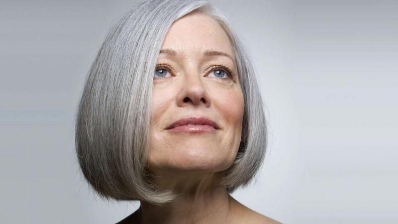 Короткая модная стрижка для женщины 50 лет
