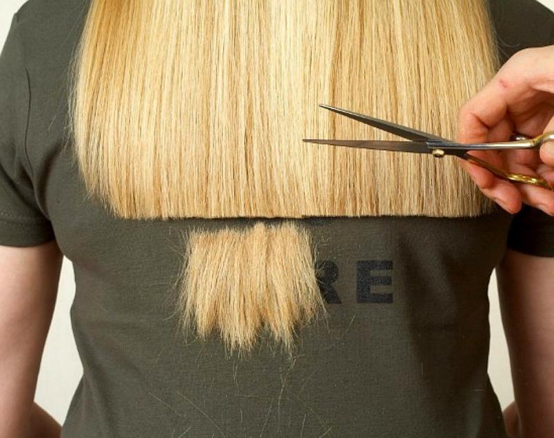 Подровнять волосы (24 фото): как самой себе подровнять длинные волосы в домашних условиях? Виды и техники подравнивания
