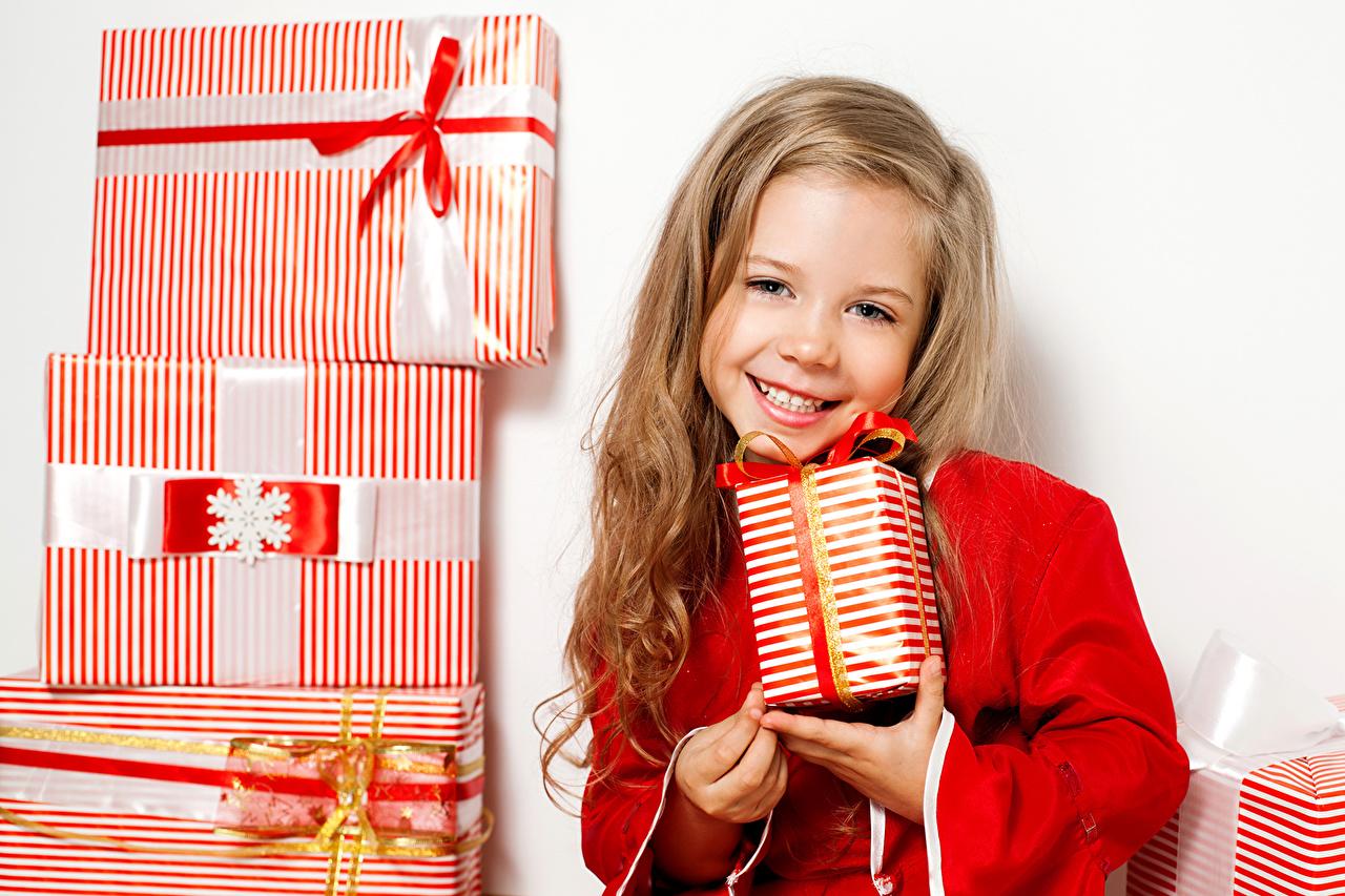 Картинки радость подаркам