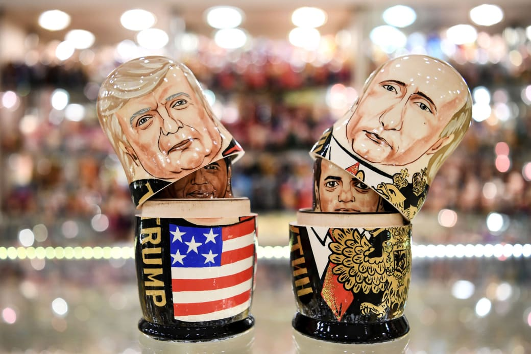 Что привезти из россии в подарок иностранцу