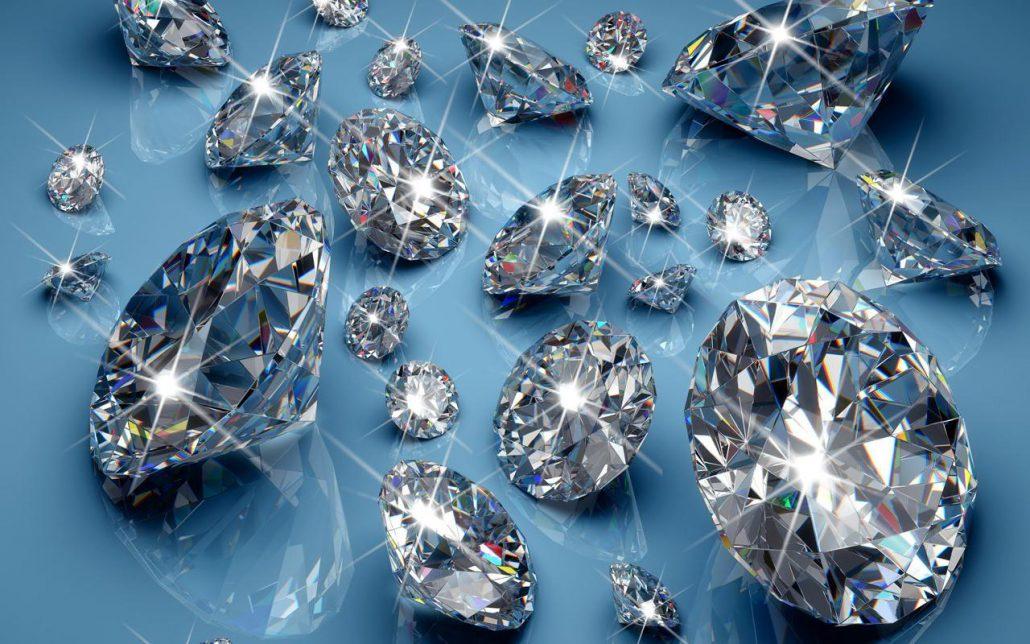 Как выглядят алмазы в реальной жизни