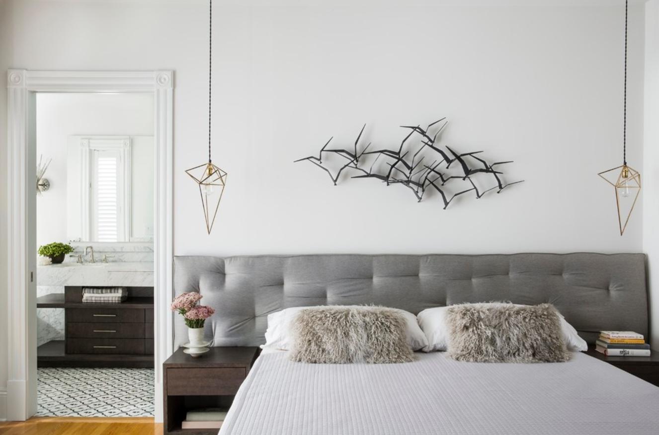 Стена у кровати картинки