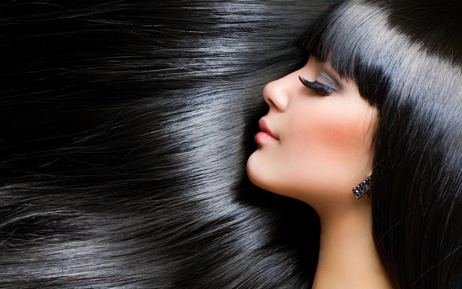 Светло черные волосы