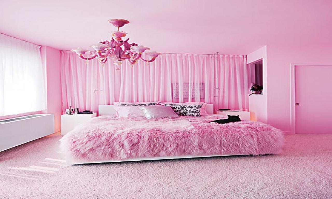 Розовые обои в спальне фото английском