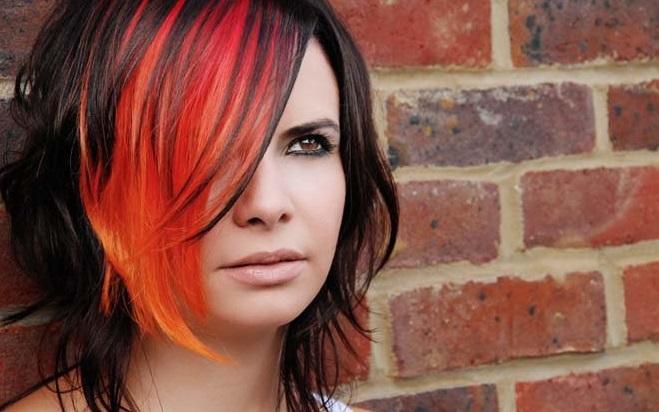 Красная краска на черные волосы