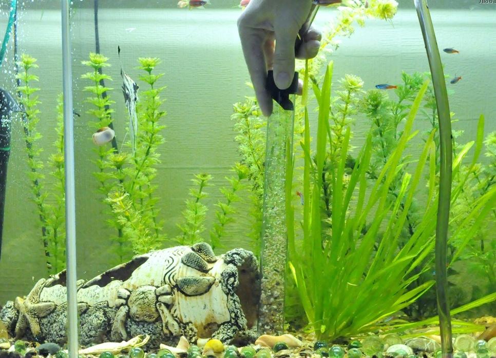 Очиститель дна аквариума