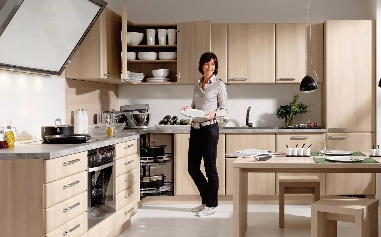 как правильно расставить шкафы на кухне фото бретельках отлично