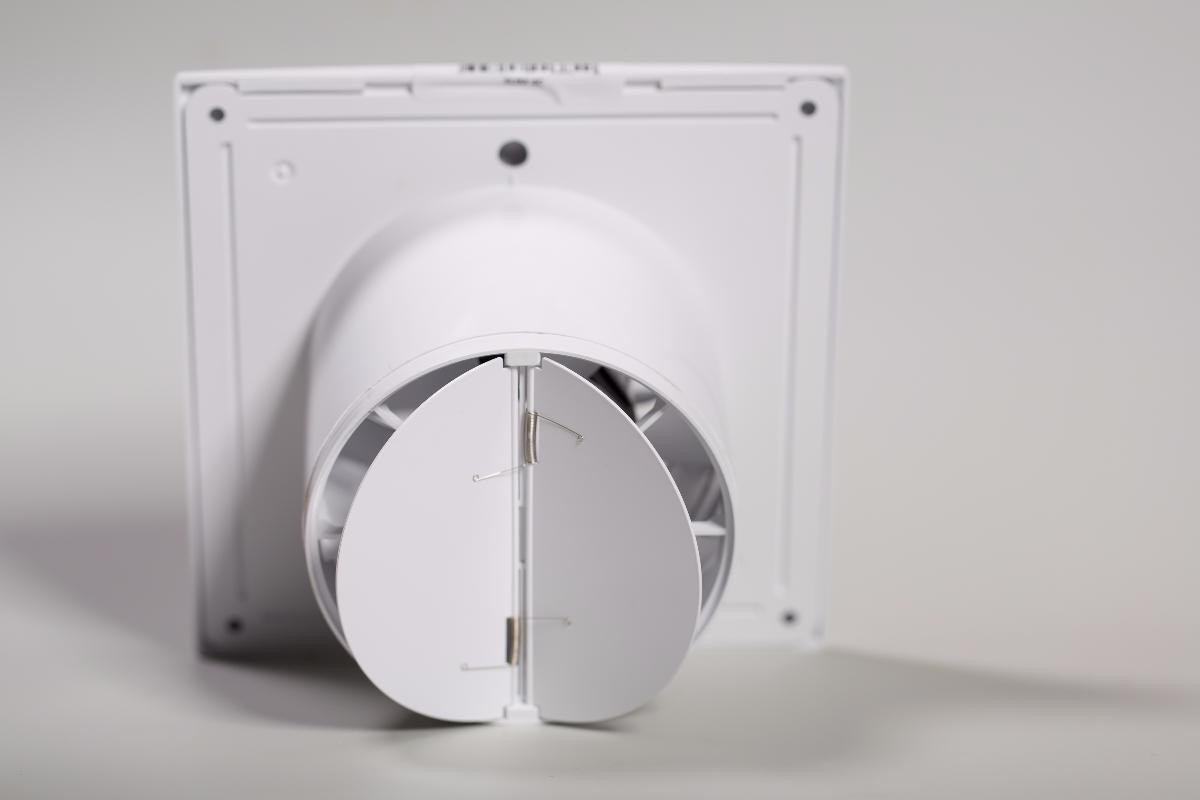 вентилятор с обратным клапаном в ванной купить