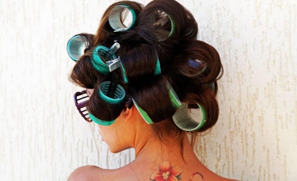 Бигуди для волос средней длины (26 фото): как правильно накручивать бигуди? Какие лучше выбрать? Как закручивать волосы на ночь и днем?