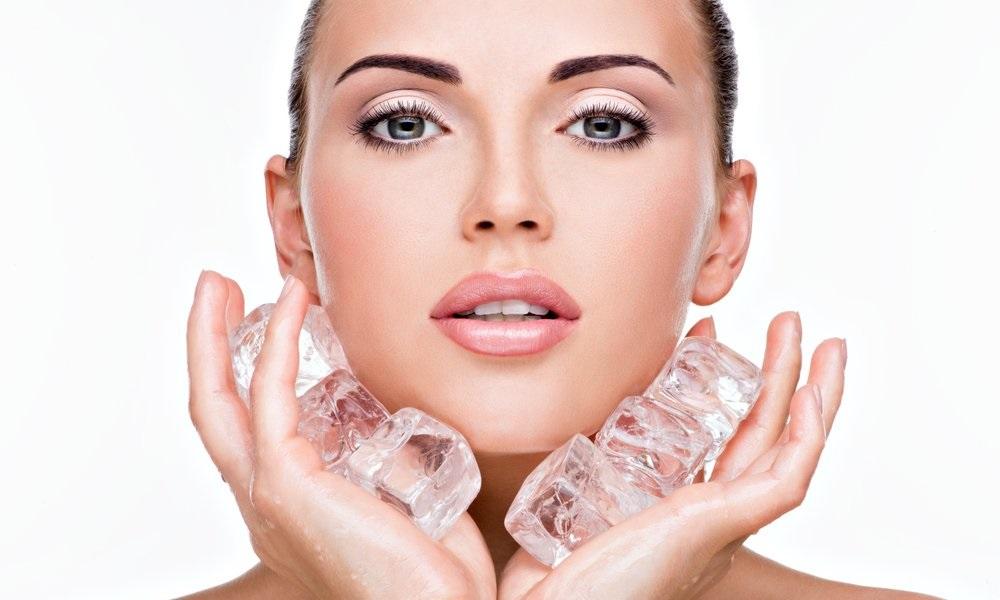 Лед для лица: польза и вред для кожи