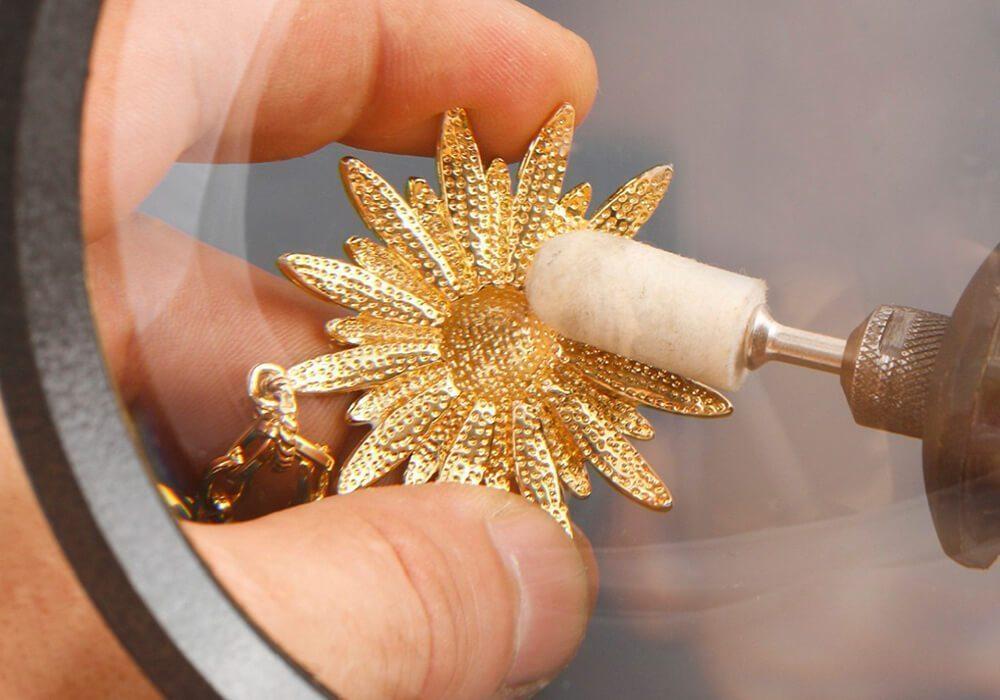 даже обработка золота фото демонстрирует высокие эксплуатационные