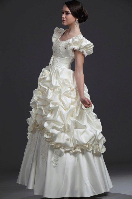 длинное свадебное платье с рукавом фонариком