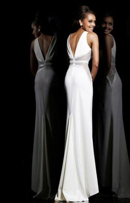 Пример шлейфа для прямой юбки свадебного платья