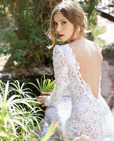Аксессуары к кружевному свадебному платью