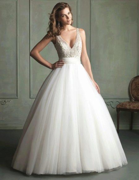 Платье свадебное в стиле принцесса