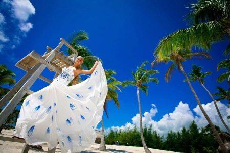 Свадебное платье с рисунком