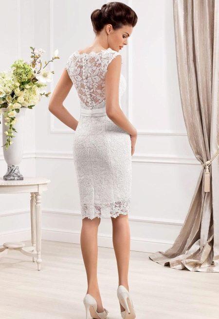 Спинка свадебного платья футлера