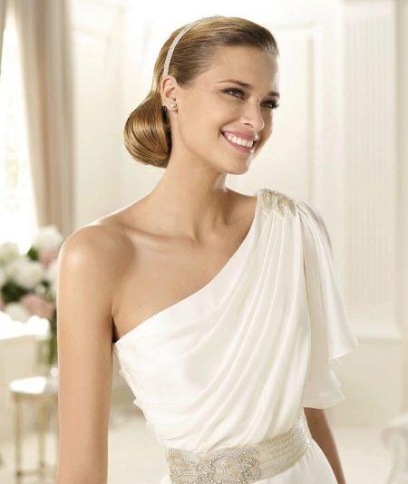 Простое греческое свадебное платье
