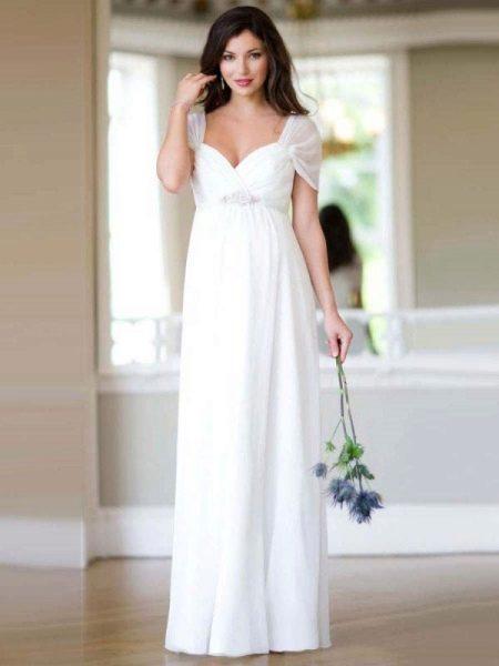 Простое элегантное свадебное платье