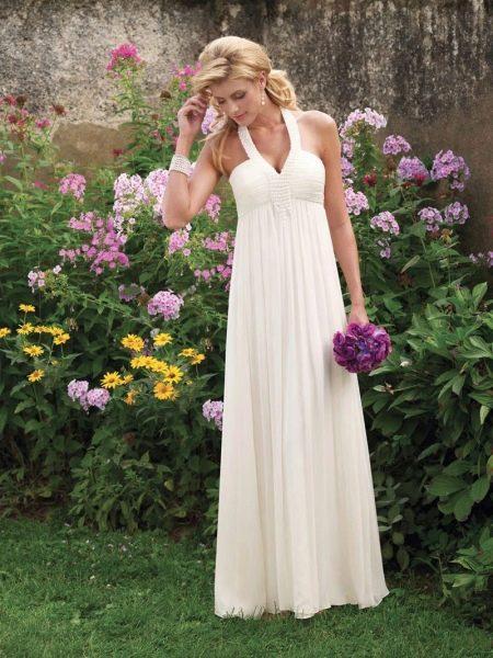 Простое длинное свадебное платье