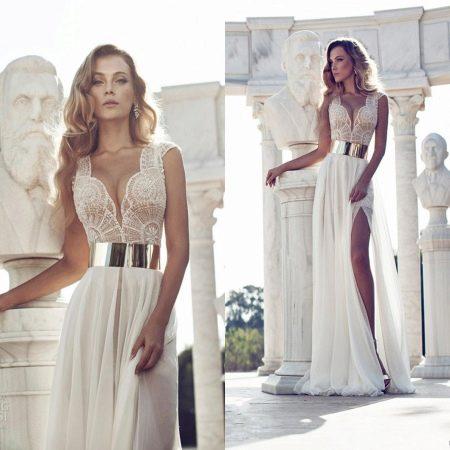 Сексуальное свадебное платье с разрезом