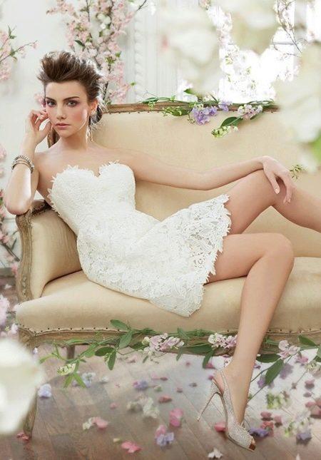 Короткое платье для невысоких невест