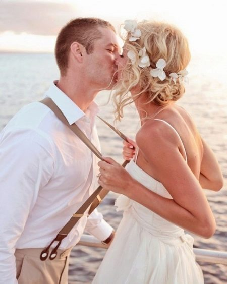 Прическа к свадебному платью в стиле прованс