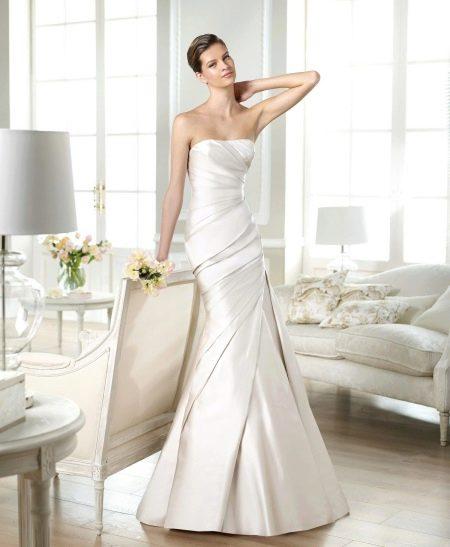 Свадебное платье из сатина