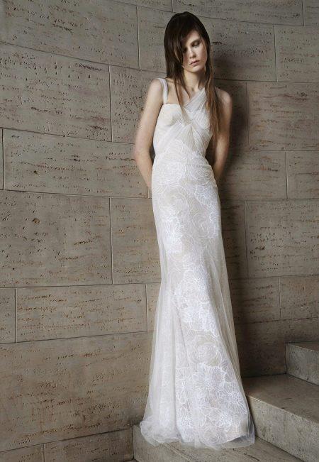 Прямое свадебное платье от Веры Вонг