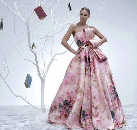 Вечернее пышное цветное платье