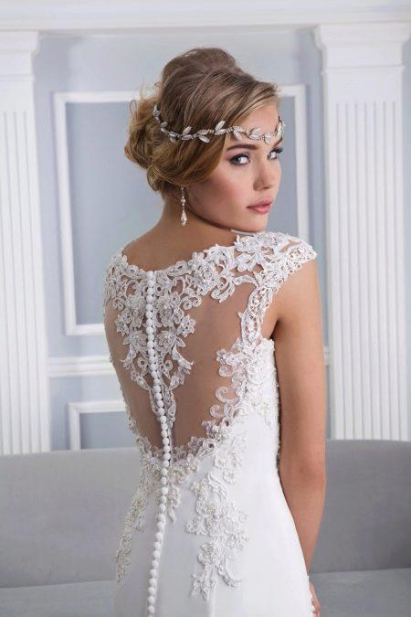 Аксессуары к свадебному кружевному платью