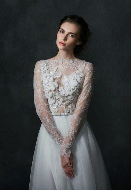 Кружевное свадебное платье от Natasha Bovykina