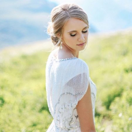 Скромная спинка у платья