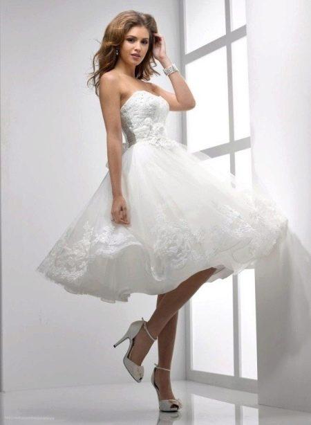 Свадебное платье миди стиля New look