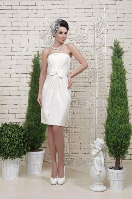 Свадебное платье миди прямое