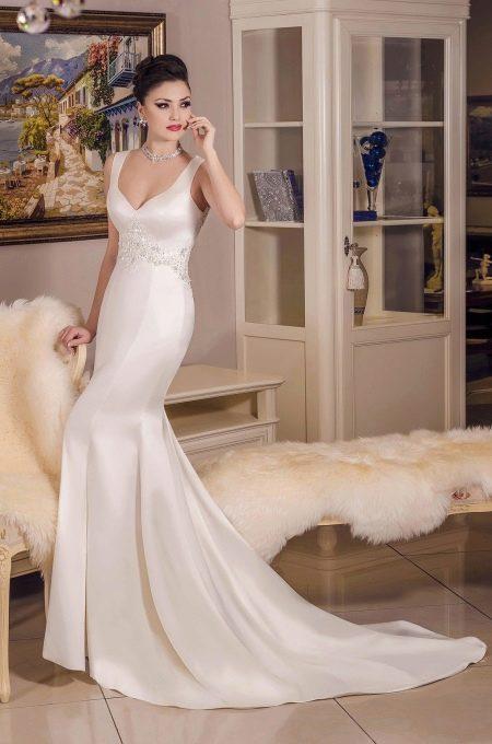 Свадебное платье эконом класса от Карандашевой