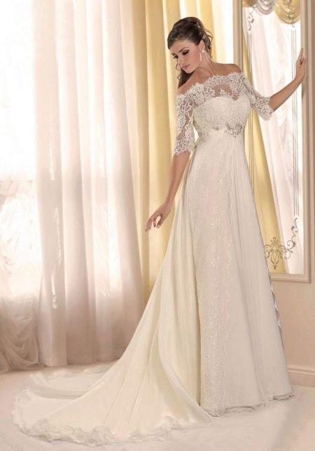 Свадебное платье ампир с кружевными рукавами