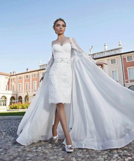 Свадебное платье-трансформер со съемной накидкой