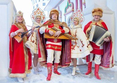 Шубка к свадебному платью в русском стиле