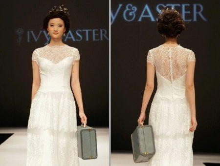 Свадебное платье в стиле рустик от Ivy & Aster