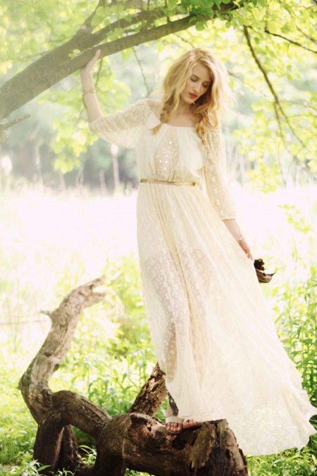 Кружевное свадебное платье с рукавами в стиле рустик