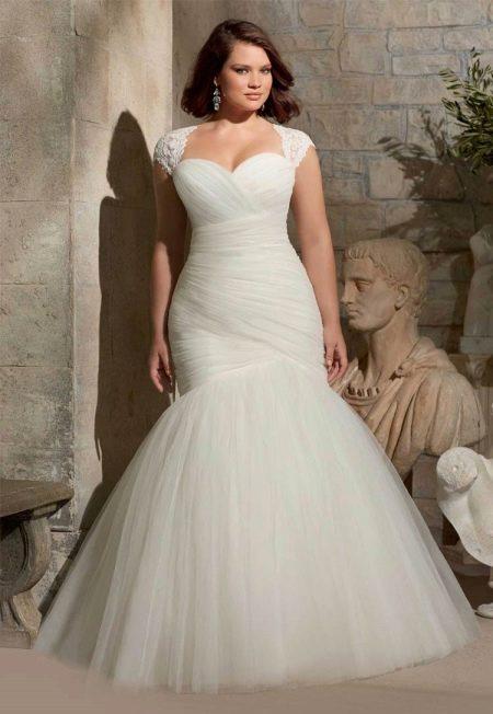 Свадебное платье фасона русалка для полных
