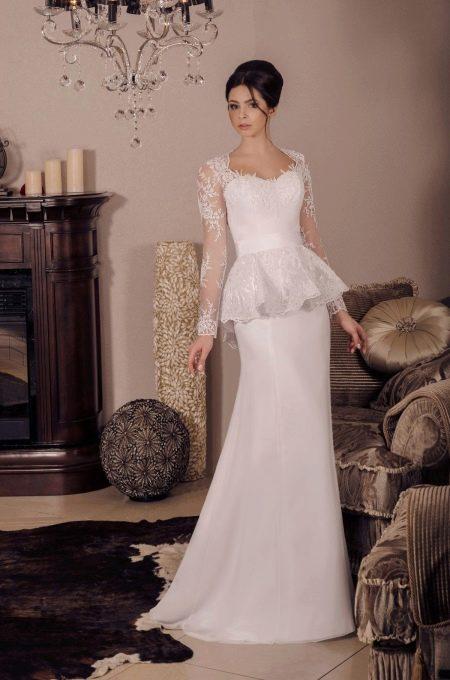 Свадебное платье от Viktoria Karandasheva с баской