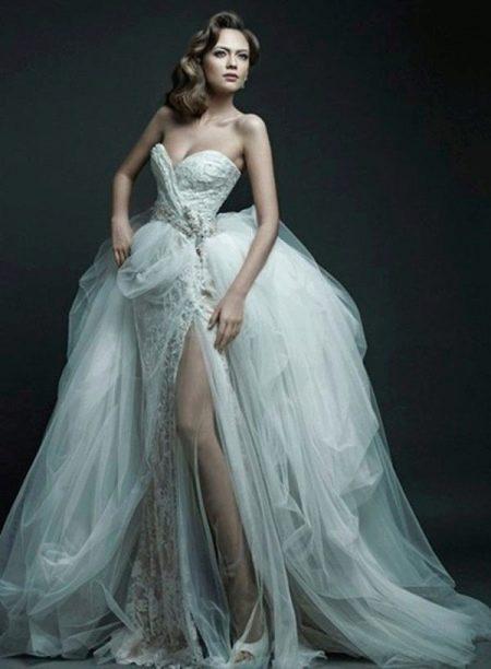 Свадебное платье пышное разной фактуры