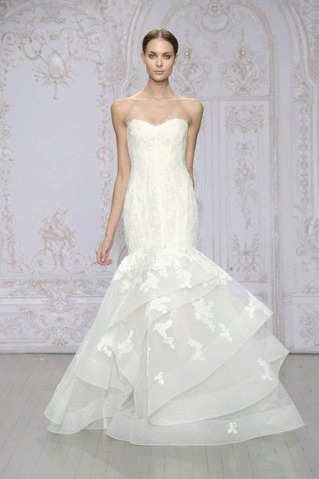 Свадебное платье от Monique Lhuillier с воланами